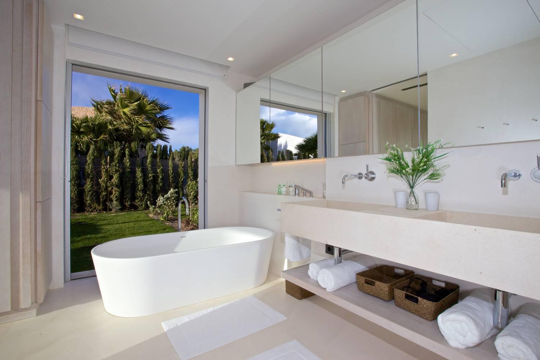 2-55-Master-Bathroom-1